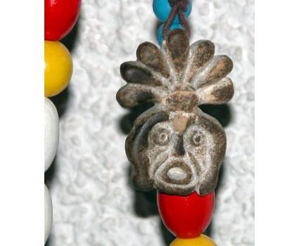 ciondoli in pietra della Maiella riproduzione di simboli e immagini antiche