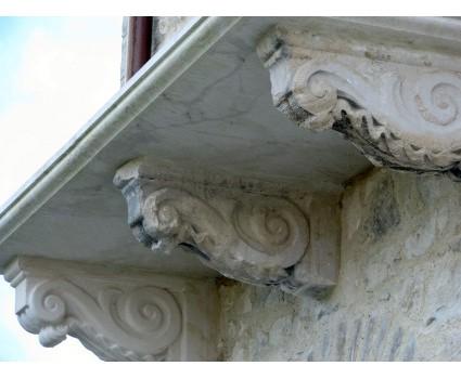 ristrutturazione balcone con recupero di vecchie mensole