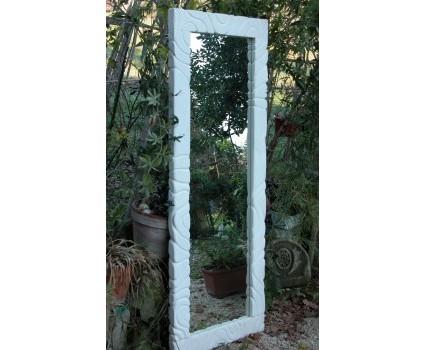 cornice per specchio in pietra bianca della Majella
